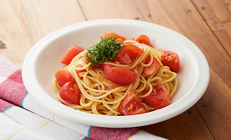 フレッシュトマトのアマニドレマリネパスタ